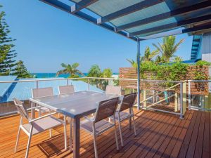 Angourie Blue 4 - close to surfing beaches and national park - Byron Bay Accommodation